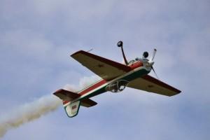 Самолёт Як-55 пилотирует Шамардин В. (МС РБ)